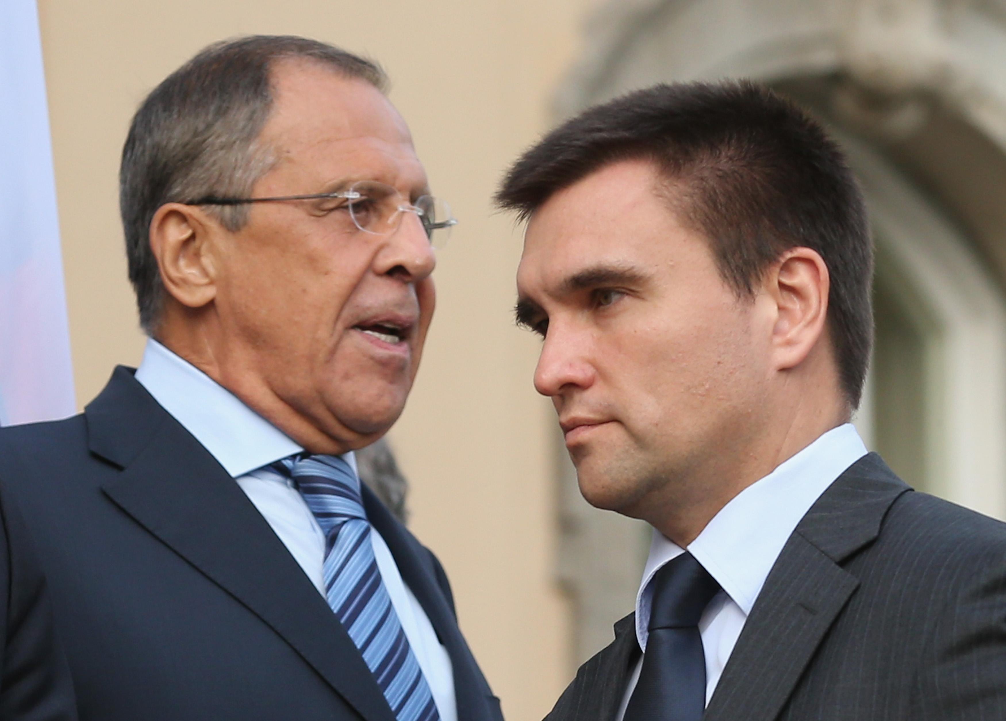 Украина врет о причинах сохранения дипотношений с Россией