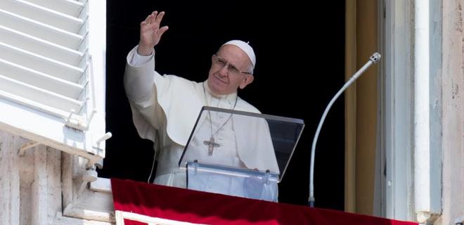 """CNN: Папа римский сказал, что Бог """"создал геев и любит их такими"""" - Фото"""