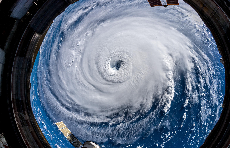 Грандиозная стихия: как ураган Флоренс выглядит из космоса - фото - новости  Украины, Мир - LIGA.net