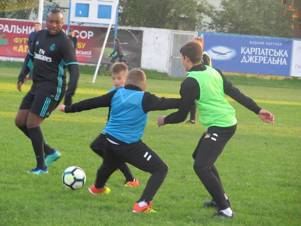Двое футболистов Тернополя уехали играть в Крым