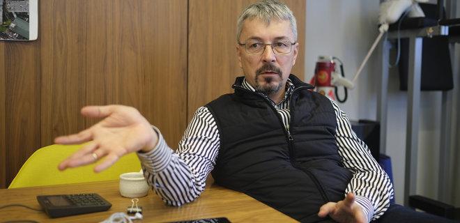 1+1 подали в суд на Порошенко и Новое время - Фото