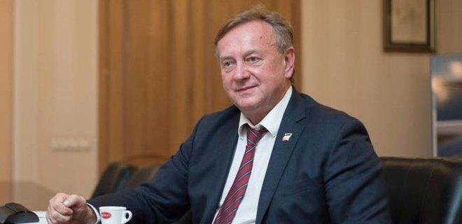 Во Львове избили почетного консула Бельгии  - Фото