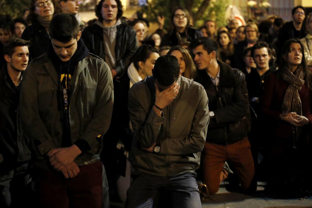 Трагедии Нотр-Дам де Пари посвящается. Кровавый сон Апокалипсиса
