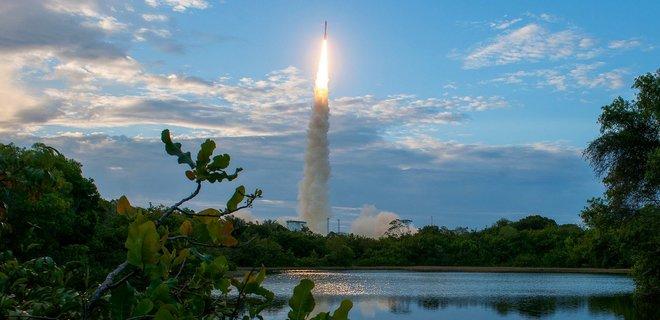 Украина поставит дополнительные 10 двигателей для европейской ракеты Vega - Фото