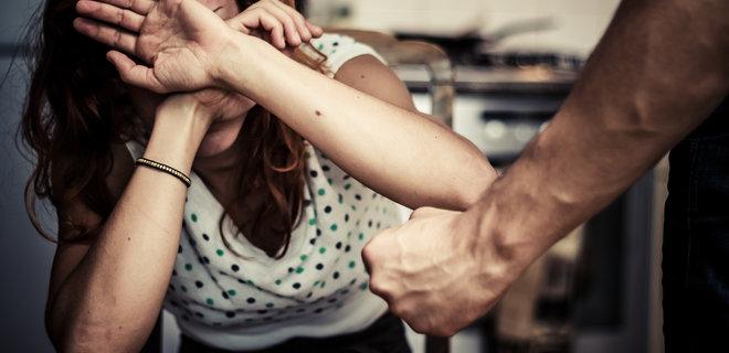 """Карантин. В ООН заявили об """"ужасающей вспышке"""" домашнего насилия - Фото"""