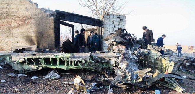 МИД предварительно подтвердил гибель пассажиров рейса МАУ в Иране - Фото