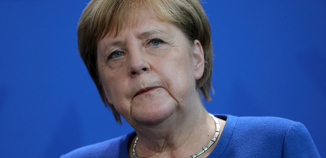 Меркель заявила о незначительном замедлении распространения коронавируса