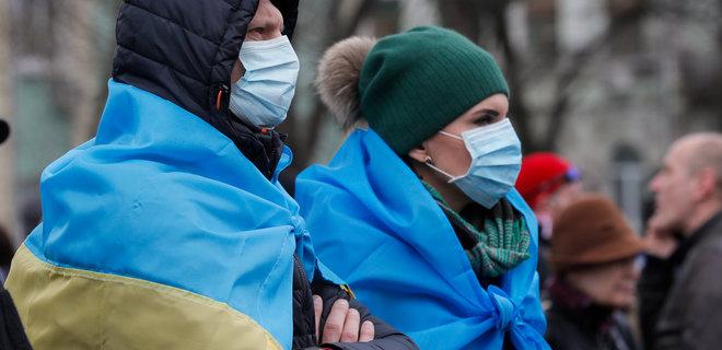 53% украинцев убеждены, что власть занижает цифры по коронавирусу - опрос