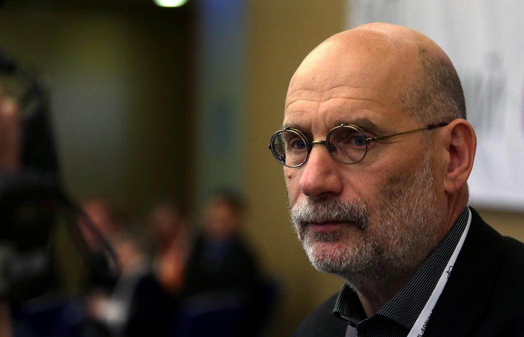 Писатель Борис Акунин заразился коронавирусом - новости Украины, Стиль  жизни - LIGA.net