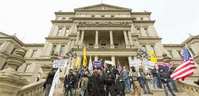 Коронавирус. В США планируют новые массовые протесты против мер карантина