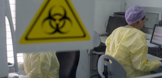 Коронавирус. В РФ уже шестой день подряд число новых заболевших превышает 10 000