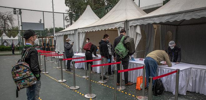 Всех 11 млн жителей Уханя проверят на коронавирус за 10 дней – Reuters