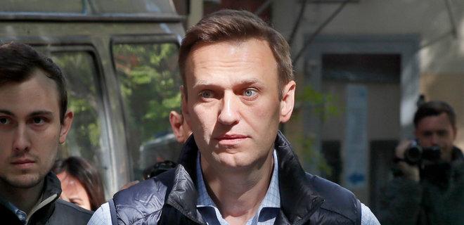 Навальный прекратил голодовку - Фото