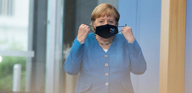 Страны ЕС согласились ввести паспорта вакцинации, они появятся к лету – Меркель - Фото