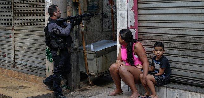 Бойня в Рио-де-Жанейро. Бразильскую полицию обвиняют во внесудебных казнях: фото, видео - Фото