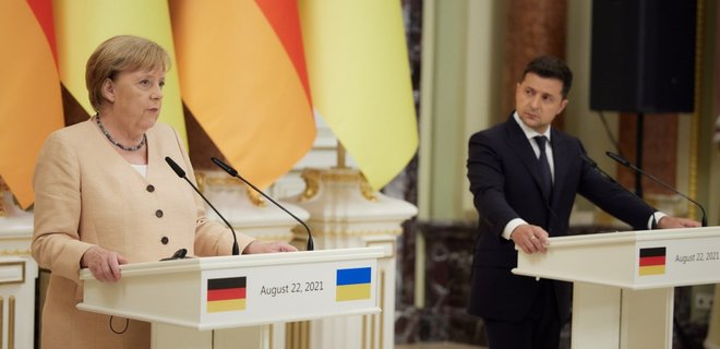 Зеленский наградил Ангелу Меркель орденом Свободы - новости Украины,  Политика - LIGA.net